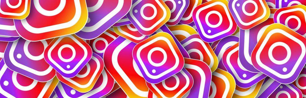 Many Instagram logos